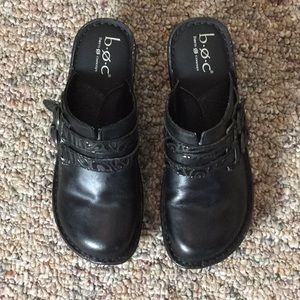 b.o.c. Black Clogs - Size 7